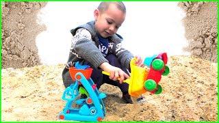Игры в песочнице Машинки Игрушки Набор для Песочницы Обзор Игрушек Видео для детей