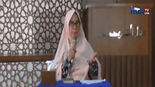 Video Suami mencium kening istri ketika hendak pergi ke masjid apakah batal ? oleh Ustadzah Masitoh download MP3, 3GP, MP4, WEBM, AVI, FLV Juni 2018