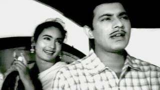 Pyar Par Bus To Nahin Hai - Talat Mehmood, Asha Bhosle, Sone Ki Chidiya Song