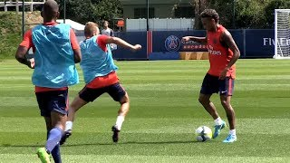Haha! Neymar destroying PSG players in his *FIRST* Training with Paris Saint Germain (PSG)