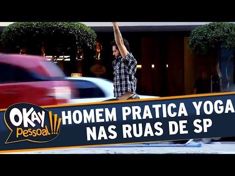 Okay Pessoal!!! - Homem pratica Yoga nas ruas de São Paulo