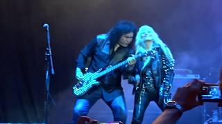 �������� ���� Gene Simmons & Doro - Love Theme from Kiss & War Machine - Masters of Rock  2018 ������