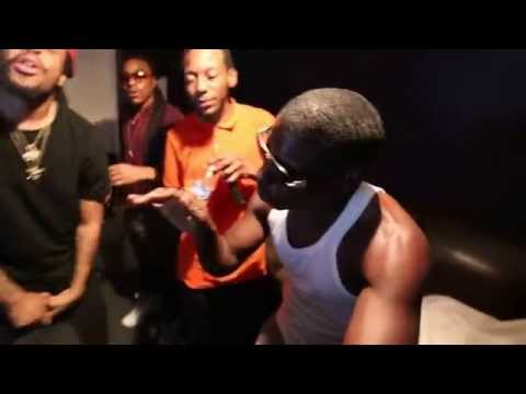 """Styme In Studio Working On His Debut Ep """"Time"""" (Raw Footage)"""