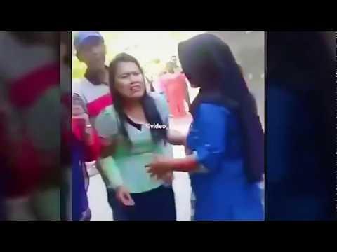 VIRAL PELAKOR DIGEREBEK ISTRI SAH!!  5 Momen Penggrebekan Pelakor Tercyduk  Istri Sah