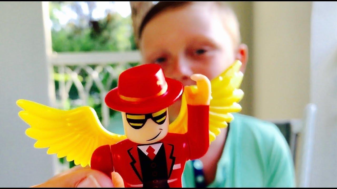 РАСПАКОВКА ИГРУШЕК РОБЛОКС Toys Free Roblox codes Для детей