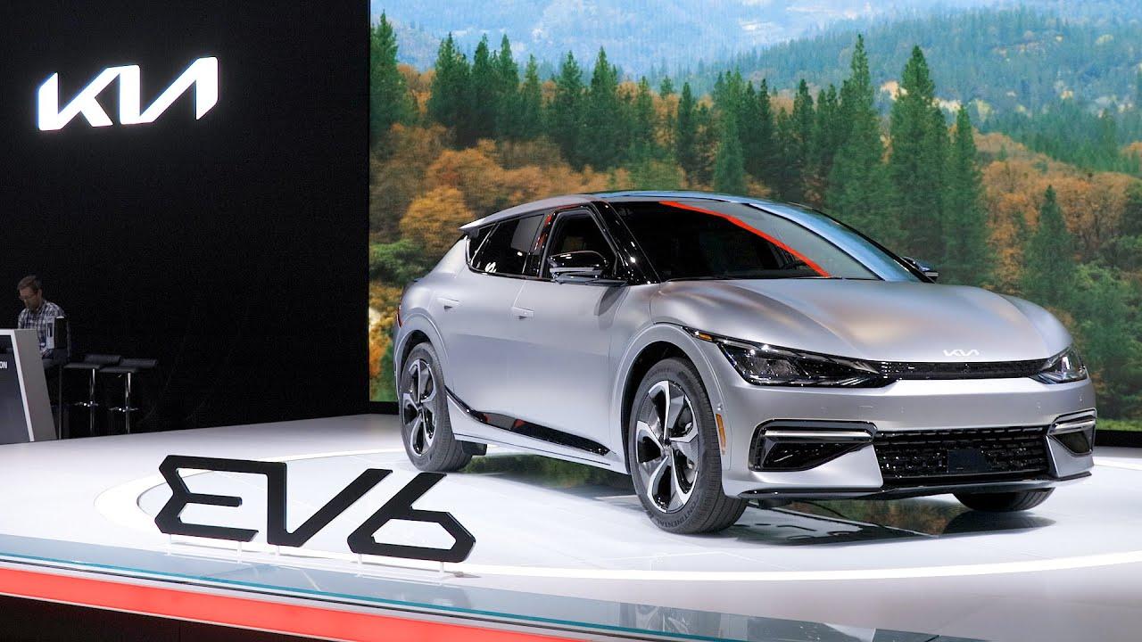 2022 Kia EV6: Up Close — Cars.com