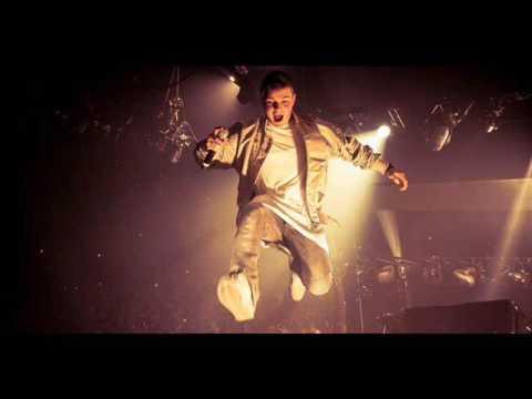 Martin Garrix vs Matthew Koma - Poison vs Spark (Animals Piano Intro by Stéph Munoz)