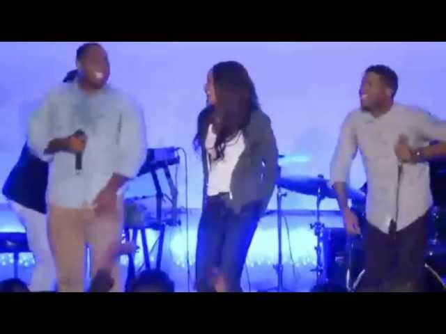 michelle-williams-when-jesus-says-yes-live-one-church-international-slaychelle