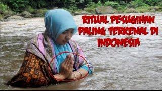 Video Pengen Cepat kaya!! Inilah 7  Ritual Pesugihan Paling Terkenal Di Indonesia download MP3, 3GP, MP4, WEBM, AVI, FLV Juli 2018