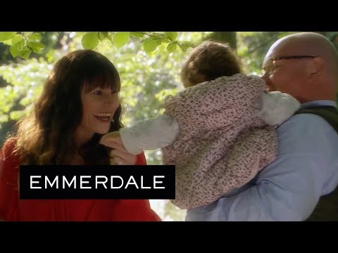Emmerdale - Chas and Paddy Give Grace Her Life