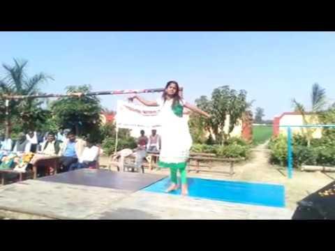 Mera rang de basanti chola dance by Muskan Jan Chetana Inter College