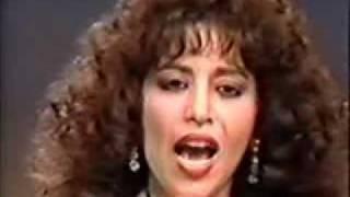 עפרה חזה-שיר העמק