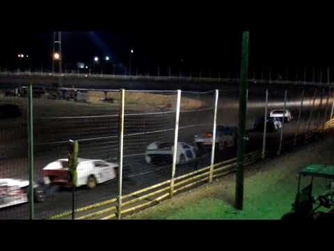 Cardinal Speedway modified feature 5-27-18