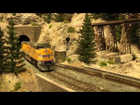 Wonderful US model railroad layout in HO scale