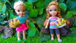 Elsa and Anna toddlers Easter egg hunt