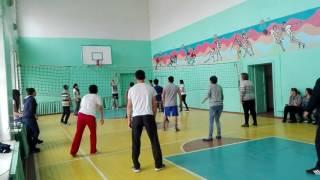 Смотреть всем жесткий волейбол