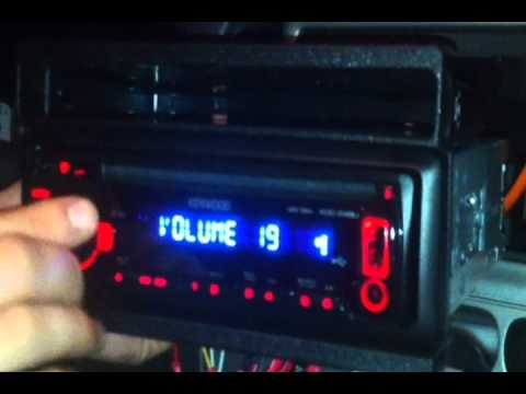 How to install a 2005 Ford Escape stereo head unit - YouTube