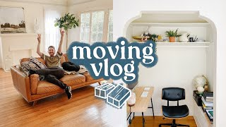 MOVING VLOG - First Look At My NEW APARTMENT + New Furniture!