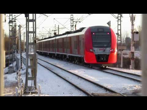 Электропоезд ЭС2Г-240, сообщением Санкт-Петербург (Московский вокзал) — Тосно на станции Колпино.