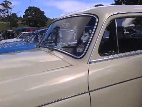 Mercedes 220 at raby castle car show