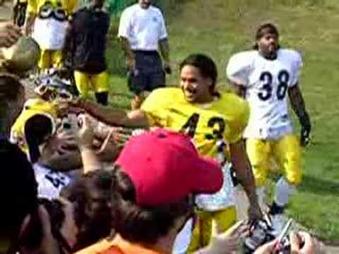 Troy Polamalu - a man of the people!!