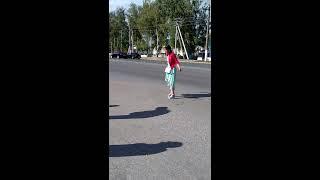 голосующая девочка пьяная в дрова чебоксары