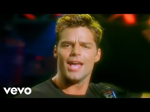 Ricky Martin – The Cup of Life (Live)