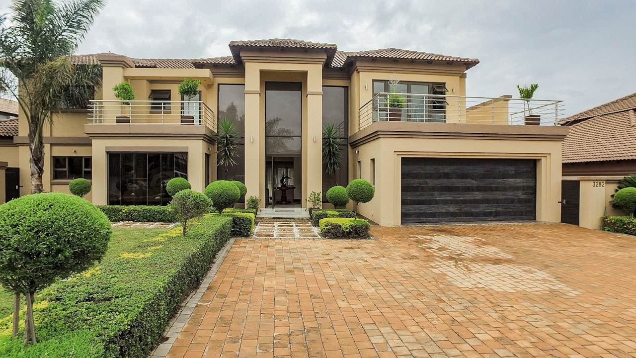 five bedroom houses 5 bedroom house for sale in gauteng centurion centurion west blue valley golf est youtube 2972