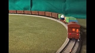 国鉄末期を想定しています。コキフ50000はホビーモデル製です。台車は乗...