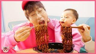 뽀로로 짜장면 불닭볶음면 먹방 인기 동요 놀이 Pororo Noodle Pretend Play Nursery Rhymes & Kids Songs