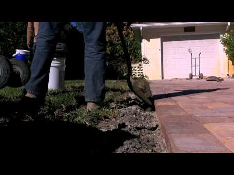 How to build an concrete edge on your brick paver driveway youtube how to build an concrete edge on your brick paver driveway solutioingenieria Choice Image