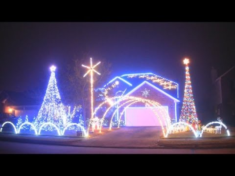 Let It Go Christmas Light Show - Frozen (2014) - YouTube