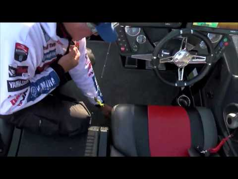 Randall Tharp with a quick Day 2 start BASS Live www.bassmaster.