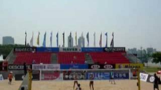 2009.5.27にソウルで行われた浅尾/西堀VSRohkamper/Bawden(AUS) 第一セ...