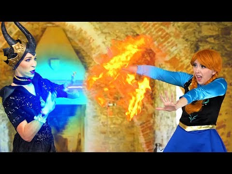 ANNA'S FIRE POWERS! (Maleficent Takes Elsa's Freezing Powers) Totally TV