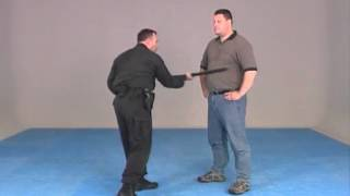 Maniement du baton : techniques policières