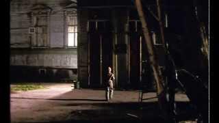 Итальянец (2005)(Шестилетнего Ваню, воспитанника детдома, собирается усыновить итальянская семья — отсюда его прозвище..., 2012-05-05T23:14:32.000Z)