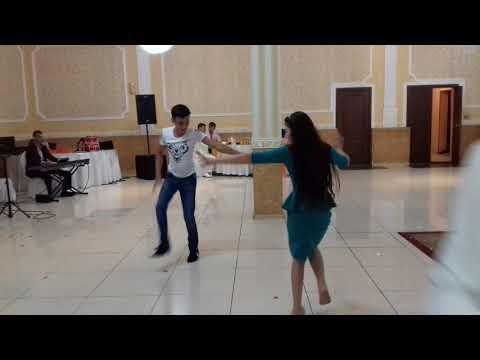 Брат с сестренкой танец Шалахо
