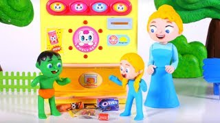 Tommy And His Friends At The Vending Machine 💕 Cartoons For Kids
