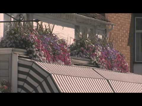 Garden er sponsored by anglian home improvements wow factor budget theme from episode 7 youtube Better homes and gardens latest episode