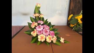 Cắm hoa để bàn -dĩa hoa cẩm chướng cam - tím