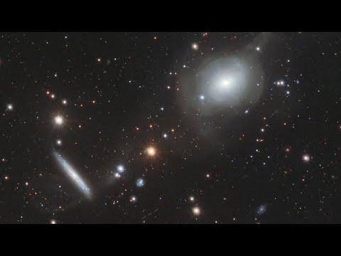 ESOcast 174 Light: Elliptical Elegance (4K UHD)