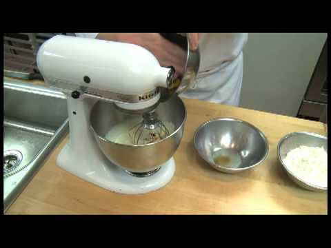 How to cook Biscotti -- Look What's Cookin'- Culinary Institute of Virginia