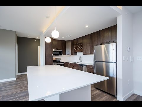 Brookside Apartments at Fallbrook Lincoln NE - brooksidelincoln.com - 2BD 2BA Apartment For Rent