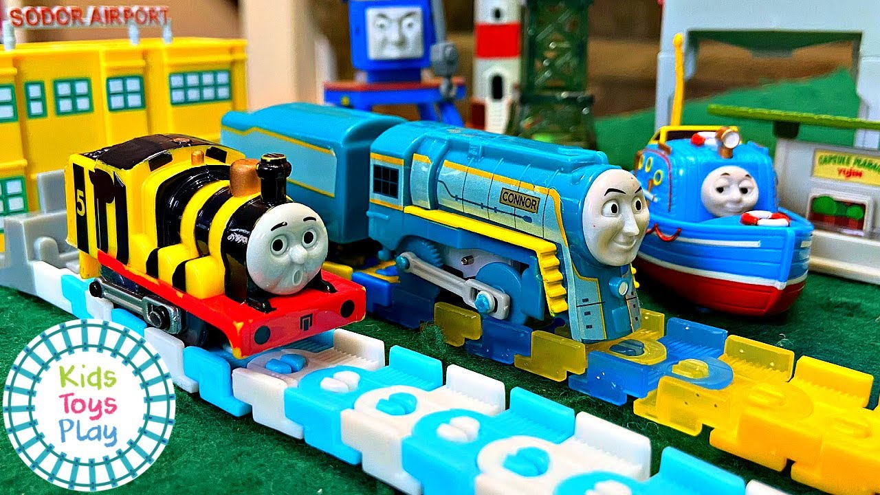 Race Thomas TOMY Plarail Capsule Toy Trains with Kids Toys Play