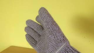 Перчатки на спицах.