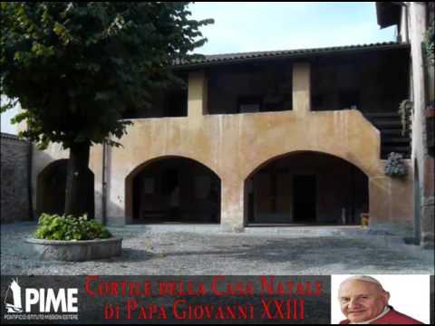 Cortile della Casa Natale / Courtyard of the birth house