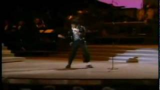Michael Jackson (MJ) Moonwalk (first ever)