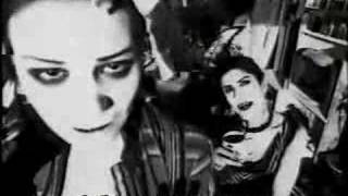 Shakespears Sister !!! Hello (Turn Your Radio On), lyrics