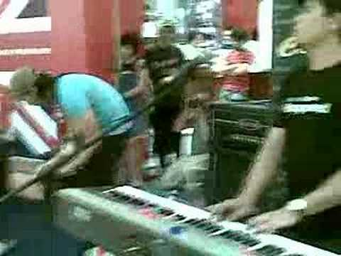 Lagu Untukmu - Meet Uncle Hussain ( Live at Sunway Pyramid )